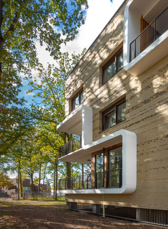 Simone-Drost-Architecture-Planet-Lab-Architecture-Appartementen-Stadhouderspark-Vught-hoekgevel